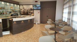 hotel rimini con bar